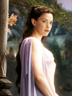 Liv Tyler as Arwen in The Lord of the Rings-- Lovely dress and hair! Legolas, Aragorn, Tauriel, Arwen Lotr, Gandalf, Liv Tyler, Fellowship Of The Ring, Lord Of The Rings, Jackson