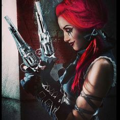 Shared by Dalia M. Find images and videos about goth, harley quinn and new years day on We Heart It - the app to get lost in what you love. Issues Band, New Years Day Band, Ashley Costello, Women Of Rock, Joker, Metal Girl, She Song, Dark Beauty, Her Music