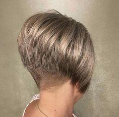 Wedge Bob Haircuts, Short Stacked Bob Haircuts, Short Wedge Hairstyles, Short Stacked Wedge Haircut, Short Stacked Bobs, Short Hair Back View, Short Thin Hair, Short Hair Cuts For Women, Short Hair Styles