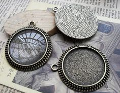 100 pcs of 30mm   Antique Bronze Cameo Base Setting Tray by Agoni, $49.98