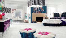 Glamour Bedroom Design - Pop by Altamoda...oooooooooh.