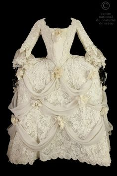 Costume designed by Jean-Pierre Ponnelle for Margaret Price in the 1974 production of Mozart's Cosi fan tutte