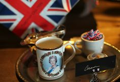Worldwide Afternoon Tea for the Queen's Birthday #timothyoulton #britishness www.timothyoulton.com/usa/en/to/worldwide-afternoon-tea-for-the-queens-birthday/