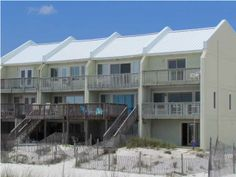 Great Townhome for Sale in Navarre Beach. End unit.