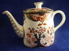 Royal Crown Derby English Bone China IMARI 383 Teapot