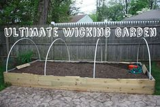 6 Warm Tips AND Tricks: Vegetable Garden Layout With Trellis vegetable garden florida winter.Vegetable Garden Soil Tips raised vegetable garden texas.Fruit And Vegetable Garden Green Beans. Wicking Garden Bed, Wicking Beds, Backyard Fences, Backyard Landscaping, Backyard Ideas, Fence Ideas, Raised Garden Beds, Raised Beds, Sloped Garden