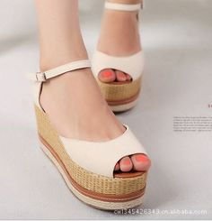 Korean Fashion Platform Hasp Sandals with Fish Mouth for Women - BuyTrends.com