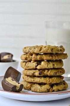 veganismislove:  Vegan Peanut Butter Cup Cookies