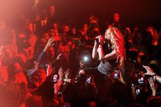The Hottest Live Photos of 2014 Pictures - Shakira   Rolling Stone