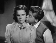 Judy Garland Mickey Rooney gif too cute! Old Hollywood Stars, Hooray For Hollywood, Golden Age Of Hollywood, Vintage Hollywood, Classic Hollywood, Hollywood Pictures, Classic Actresses, Hollywood Actresses, Actors & Actresses