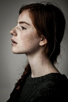 photography beauty girl Black and White photo face lips colour red hair amazing Freckles Portrait Inspiration, Character Inspiration, Danielle Victoria, Face Profile, Female Side Profile, Side Profile Woman, Women Profile, Human Reference, The Face