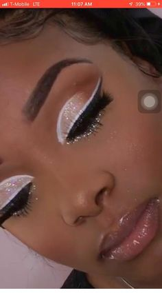 Makeup Eyemakeup In Makeup Eye Makeup Makeup Looks # makeup eyemakeup in makeup augen makeup makeup looks Makeup Eyemakeup In Makeup Eye Makeup Makeup Looks # Formal eye makeup; eye makeup Tips; eye makeup Paso A Paso Maquillage Cut Crease, Maquillage Black, Cut Crease Makeup, Makeup Eye Looks, Pretty Makeup, Simple Makeup, Stunning Makeup, Easy Makeup, Flawless Makeup