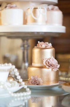Great Gatsby Bridal Shoot  (add: DIY $7 Custom Chocolate Wrapper Printables: www.customweddingprintables.com)