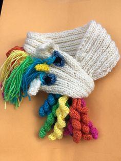 Unicorn Knitting Pattern, Snood Knitting Pattern, Crochet Unicorn, Knitting Yarn, Knitting Patterns, Crochet Patterns, Knitting For Kids, Crochet Scarves, Crochet Projects