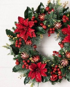 Outdoor Festive Poinsettia Wreath by Balsam Hill Poinsettia Wreath, Christmas Poinsettia, Christmas Flowers, Christmas Colors, Christmas Angels, Christmas Home, Christmas Crafts, Crochet Christmas, Christmas Christmas