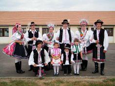 Palóc népviselet. Rimóc Folk Costume, Costumes, Folk Clothing, Folk Dance, Handkerchiefs, Hungary, Budapest, Folk Art, Culture