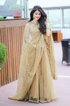beautiful choli lehenga designs in different styles - Sari Info Indian Gowns Dresses, Indian Fashion Dresses, Pakistani Wedding Dresses, Indian Wedding Outfits, Indian Designer Outfits, Pakistani Outfits, Bridal Outfits, Indian Outfits, Designer Dresses