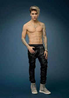 Serious Question: Are You Sexually Attracted to This Justin Bieber Waxwork? Justin Bieber Long Hair, Justin Bieber Style, Justin Bieber Pictures, Justin Bieber Fashion, Hairstyles Haircuts, Haircuts For Men, Male Long Hairstyles, Justin Beiber Shirtless, Gents Hair Style