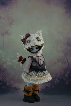 Cheshire Cat - I really love the mask concept   #art_dolls