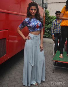 Ileana D'Cruz showed off her midriff in a Nisha Sainani crop-top with Zara palazzos at Mehboob Studio to promote 'Happy Ending'. Indian Actress Photos, Beautiful Indian Actress, Hottest Pic, Hottest Photos, Ileana D'cruz Hot, Bollywood Celebrities, Bollywood Fashion, Modern Outfits, Indian Dresses
