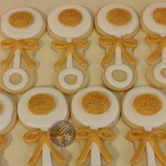 Gold crown baby shower cookies