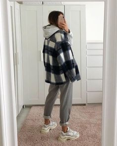 casual outfits for school * casual outfits ; casual outfits for winter ; casual outfits for women ; casual outfits for work ; casual outfits for school ; Cute Casual Outfits, Retro Outfits, Vintage Outfits, Hijab Casual, Ootd Hijab, Basic Outfits, Casual Dresses, Casual Ootd, Hijab Dress