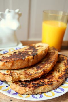 Banana Cinnamon French Toast! A healthy, vegan breakfast with just 5 ingredients!