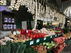 Montréal is blessed with a great choice of markets, but we especially love Marché Jean-Talon in the heart of Little Italy. Types Of Oysters, Buckwheat Crepes, Medical Photography, Little Italy, How To Speak French, Prince Edward Island, Smoking Meat, Fruit And Veg, Wine Recipes