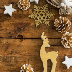 Une petite envie créative ? Cet article regroupe des idées de créations à coudre pour un Noël 100% fait maison ! Away In A Manger, Pop Couture, Corvallis Oregon, Creation Couture, Cello, Holiday Crafts, Classical Music, Creative, Diy