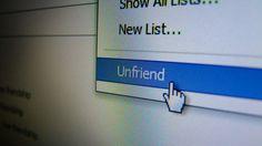 Vier tips om minder last te hebben van vervelende Facebookvrienden zonder ze te verwijderen