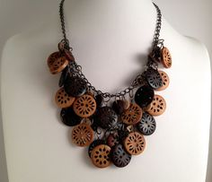 Wooden Buttons Necklace & Earrings Set