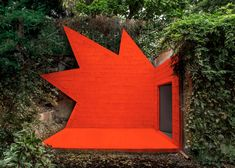"""Didier Faustino adds """"explosive installation"""" to André Bloc's villa"""