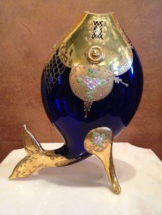Váza ve tvaru ryby * smaltované kobaltově modré sklo s ručně malovanými květy * Sklárna Slávia CZ.