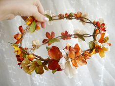 Flowergirl head wreath of fall flowers? Too freaking cute!