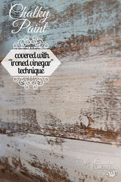 Have you tried chalky paint with ironed vinegar aging technique? I did a tutorial testing and here's the results I found. Have you tried chalky paint with ironed vinegar aging technique? I did a tutorial testing and here's the results I found. Chalk Paint Projects, Chalk Paint Furniture, Furniture Projects, Furniture Makeover, Diy Furniture, Paint Techniques Wall, Furniture Painting Techniques, Furniture Design, Furniture Stores