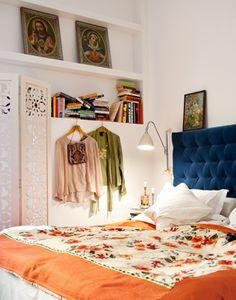 Beautiful headboard/duvet combo. Love the screen, too. And built-ins. sannalindberg.com