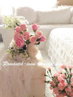 Shabby chic white and pink