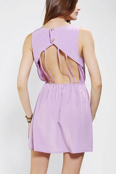 cage back dress with super cute front<3 Get 5% Cash Back http://studentrate.com/itp/get-itp-student-deals/Urban-Outfitters-Student-Discounts--/0