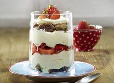 Tiramisu w sześciu odsłonach Strawberry Tiramisu, Trifle, Flan, Mousse, Panna Cotta, Pudding, Sweets, Baking, Jars