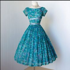 cute 50's dress