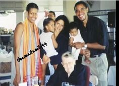 #44 President #BarackObama Michelle Obama Their Daughters Malia & Sasha His Sister Maya And Grandmother Madelyn in Hawaii 2001