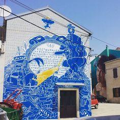 """Jean-Michel Ouvry paints """"C'est une maison bleue"""" in Vodnnjan, Croatia"""