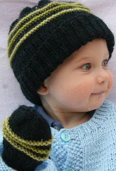 PlayTime Hat and Mitten Set by Amanda Lilley