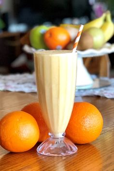 Orange Creamsicle Shake** 2 PF 1 SC 1 Vanilla Turbo Shake 1 c soy milk 1 orange, zest of 1 orange 4 ice cubes blend until smooth Protein Shake Recipes, Healthy Recipes, Protein Shakes, Healthy Cooking, Smoothie Recipes, Cooking Recipes, Eating Healthy, Healthy Foods, Orange Creamsicle