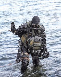 Royal Marine Commandos    #weapon #gun #airborne #aviation #airsoft #jet #world #military #soldier #army #sniper #specialforces #commando #swat #navy #marine #marines #tactical #special #force #turkey #türkiye #usa #uk #spain #italy #france #germany #specialforcesinc