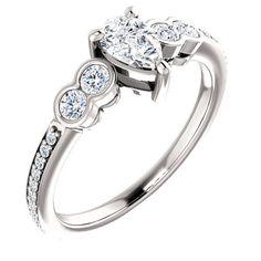 - Buy Me Diamond Pear Diamond Engagement Ring, Diamond Wedding Rings, Diamond Rings, Diamond Jewelry, Latest Jewellery Trends, Jewelry Trends, Luxury Jewelry, Beautiful Rings, Vintage Jewelry