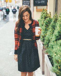 "Sarah Vickers on Instagram: ""City sidewalks, busy sidewalks dressed in holiday style ❄️ #tbt"""