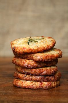 Parmesan-rosemary crackers. Perfect with a home-made spread!