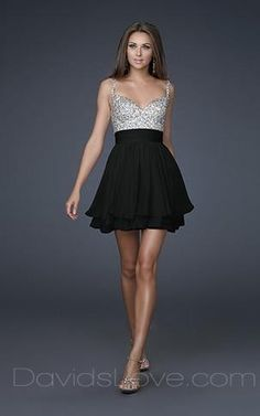 21 birthday dress....A-Line V-neck Short Chiffon Prom Dress