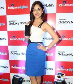 Yami Gautam Unveils Samsung Galaxy Note5 -- Yami Gautam Picture # 318370